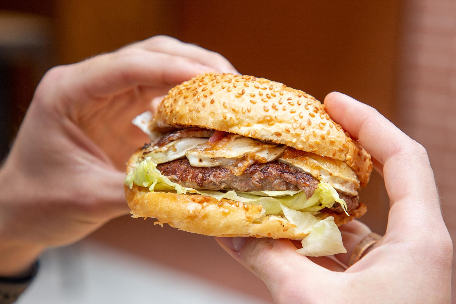 duck me restaurant canard capitole burger pur ducker